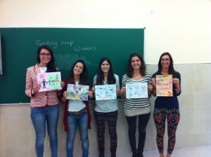 CLIL Teacher Trainees showing winning Reading Maps